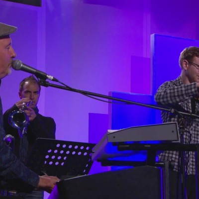 Richard Jones live with Stuart Townend Band